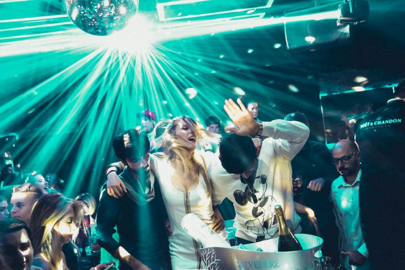 square_night_club_belgrade_www-topbelgrade-com
